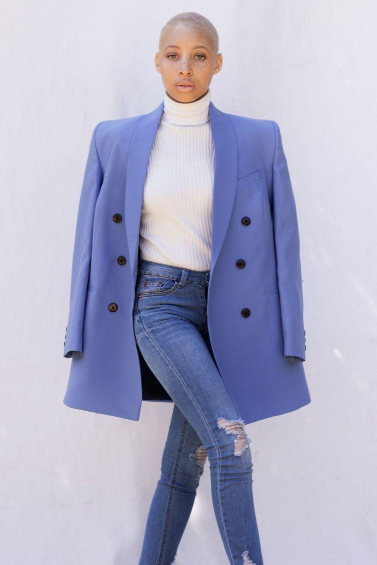 Deep Blue Blazer : R1050